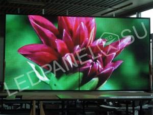 Светодиодный уличный видеоэкран P6 3 x 3 м